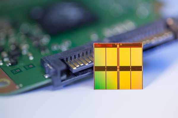 Micron 16-Nanometer Flash Memory Technology Unveiled
