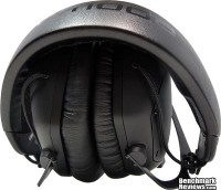 V-MODA_Crossfade_M-100_Headphones_Folded_Right_01