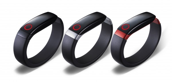LG Lifeband Touch and LG Heart Rate Earphones Debut