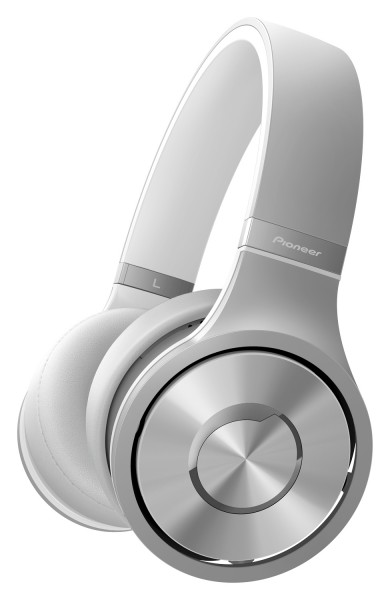 Pioneer SE-MX7 and SE-MX9 On-ear and SE-CX8 and SE-CX9 In-ear Headphones Unveiled