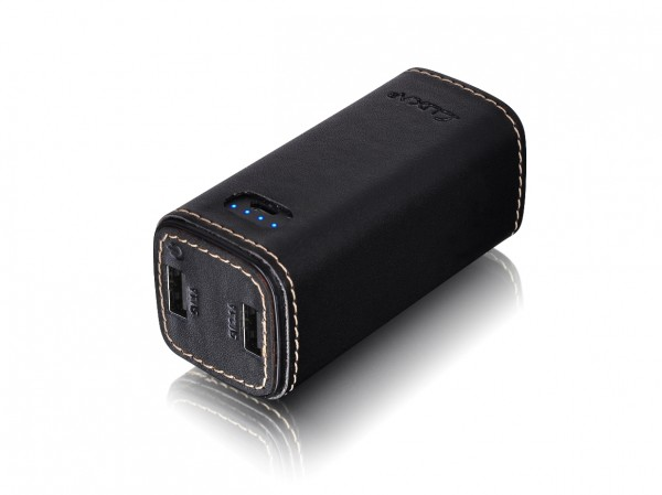 LUXA2 PL3 10,400mAh Leather Power Pack Unveiled