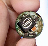Intel Curie Module for Wearable Devices Unveiled at CES 2015