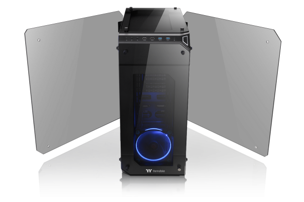 Thermaltake View 71 Tempered Glass Edition Full Tower Chassis-Four-Sided 5mm Thick Tempered Glass Panels with Swing Door Design