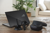 ASUSHC102 Windows Mixed Reality Headset Debuts