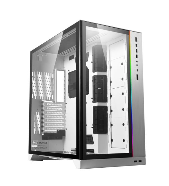 LIAN LI O11 Dynamic XL Tower Computer Case Angle