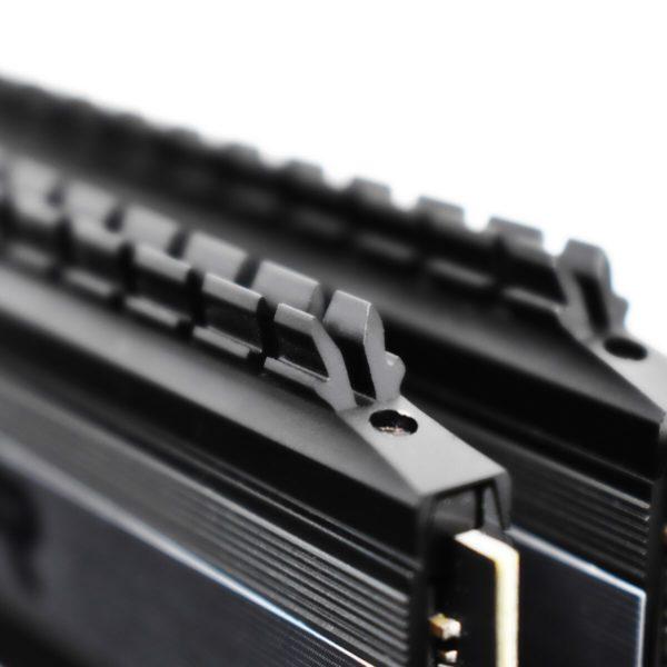 64GB Patriot Viper 4 Blackout DDR4 Gaming Memory Debuts Close-up