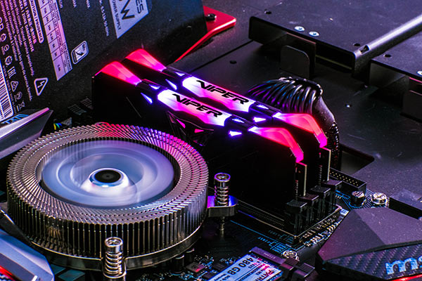 Patriot-Viper-Black-RGB-DDR4-Memory-Preview-Installed-Red